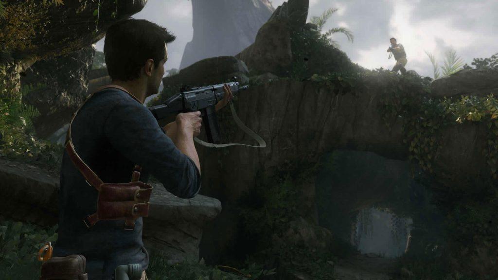 Uncharted_4_drake_aiming_at_enemy_1421239570
