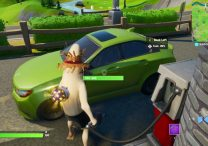 how to refuel cars in fortnite gas cans gas stations